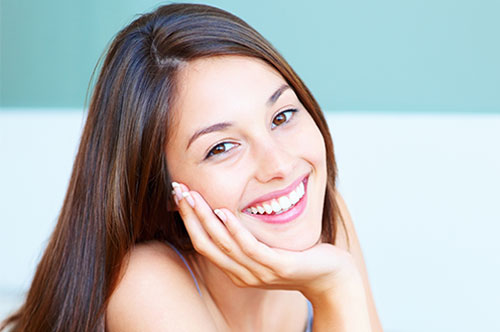 Get Started on Your Cosmetic Dental Makeover Now [BLOG]