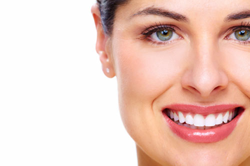 A Hollywood Smile Can Be Yours With These 3 Treatments [Blog]